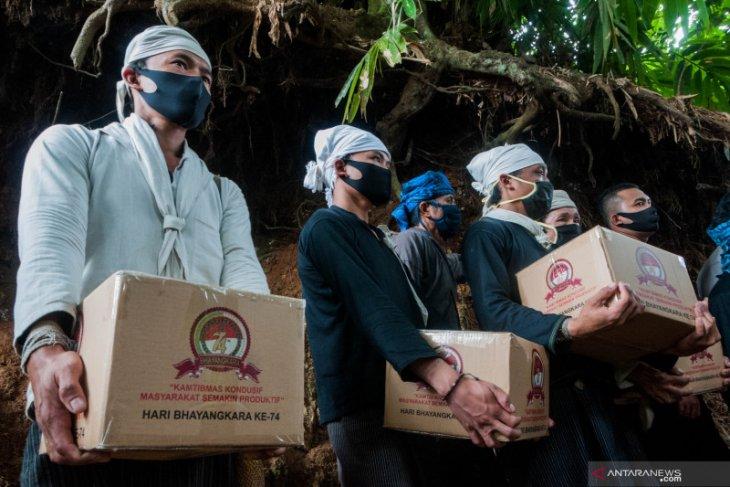 Kapolda Banten dan Kakorlantas Polri bakti sosial bantu masyarakat Baduy