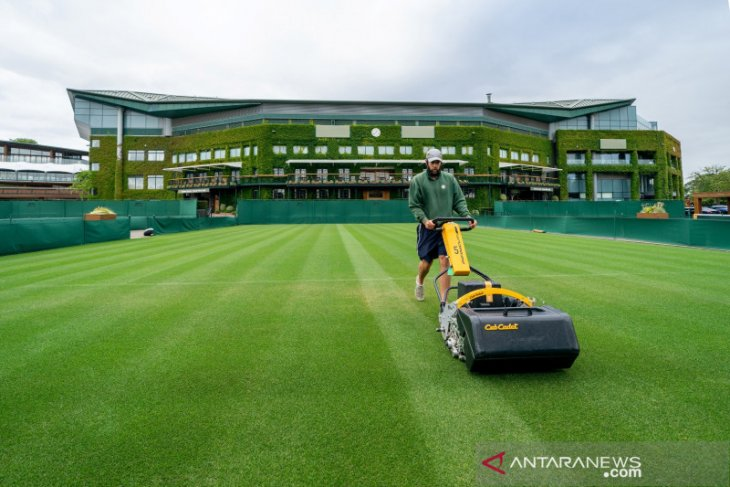 Wimbledon tetap bagikan hadiah sebagai pengganti pembatalan turnamen
