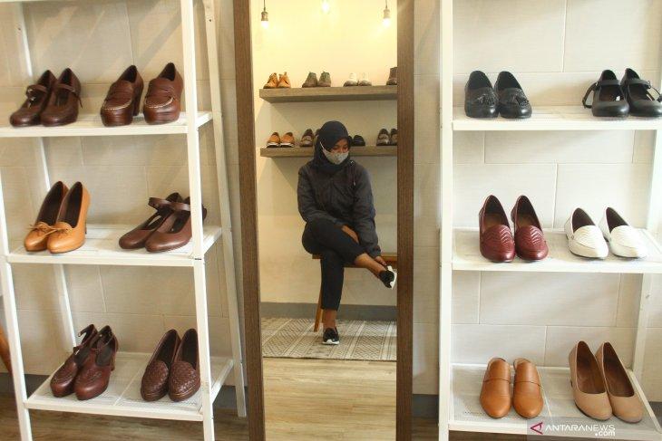 Pengusaha Sepatu Ekspor Andalkan Pemasaran Digital