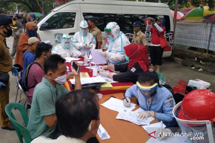 Gugus Tugas: Uji swab massal di Pasar Pandansari Balikpapan akan dilanjutkan