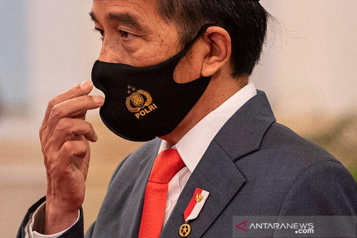 President Jokowi urges TNI-Polri officers to achieve leapfrog progress