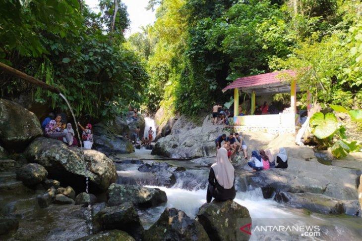 Air Sengak Bengkulu Tengah, wisata alam yang lagi