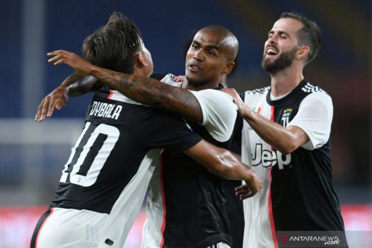 Sering cedera, penyerang  Douglas Costa bakal dijual Juventus