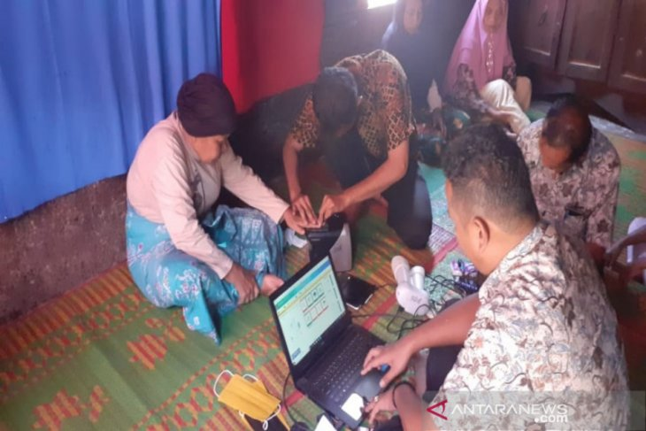 Di Madina, mulai 1 Juli dokumen kependudukan pakai kertas HVS