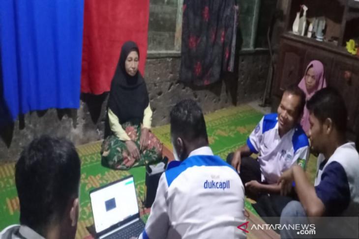Jemput bola, Disdukcapil Madina lakukan perekaman e-KTP ke desa-desa