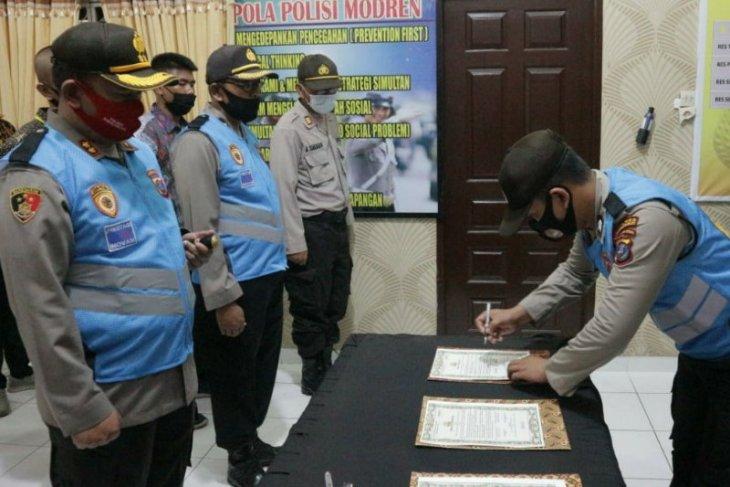 Panitia seleksi penerimaan anggota Polri di Simalungun teken pakta integritas