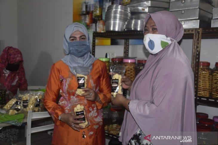 Dekranasda Kabupaten Gorontalo dukung pengembangan produk lokal IKM