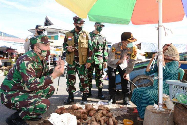 Danrem 152  1.000 personel TNI diterjunkan edukasi masyarakat Ternate
