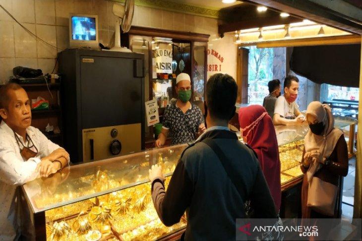 Harga emas di Banjarmasin naik