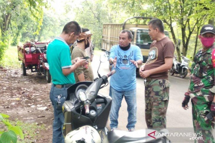 Warga Sentul Bogor bangkitkan kembali tradisi gotong royong