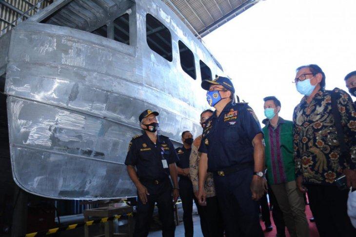 Kemenhub  bangun tiga kapal patroli di Lamongan