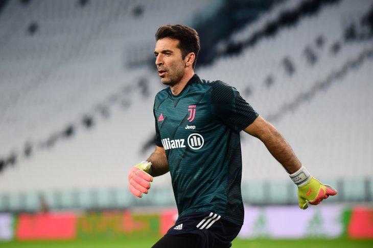 Buffon cetak rekor tampil di Serie A saat melawan Torino