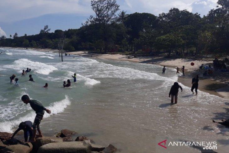 Warga mulai kunjungi pantai Tanjung Krasak