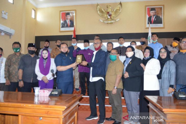 DPRD Kutai Kartanegara kunjungi Balangan terkait Perusda dan pembentukan kecamatan