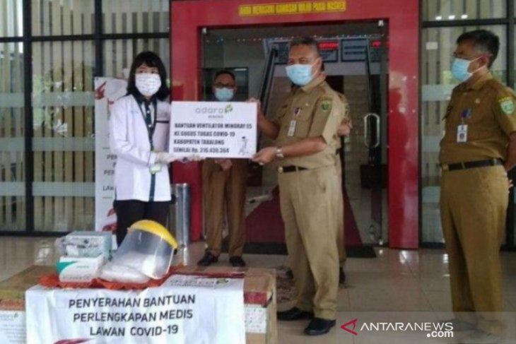 Tabalong COVID-19 Task Force receives ventilator from Adaro