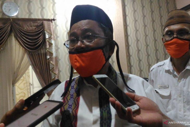 Bupati Gorontalo Utara ingatkan warga tetap gunakan APD cegah COVID-19