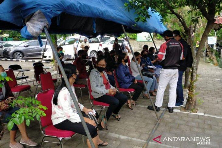 Ratusan PPDP Pilkada 2020 di Denpasar jalani tes cepat COVID-19