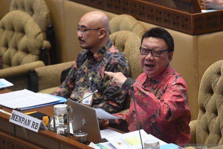 Menteri Tjahjo Kumolo tanggapi wacana pembubaran lembaga negara