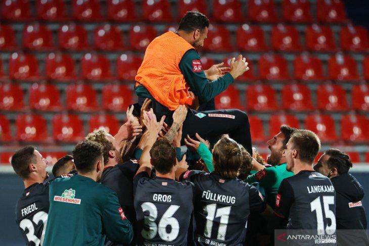 Werder Bremen mempertahankan posisi di kompetisi strata teratas Jerman