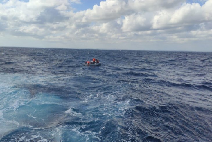 Banyaknya buaya muara menjadi kendala pencarian korban kapal karam di Riau