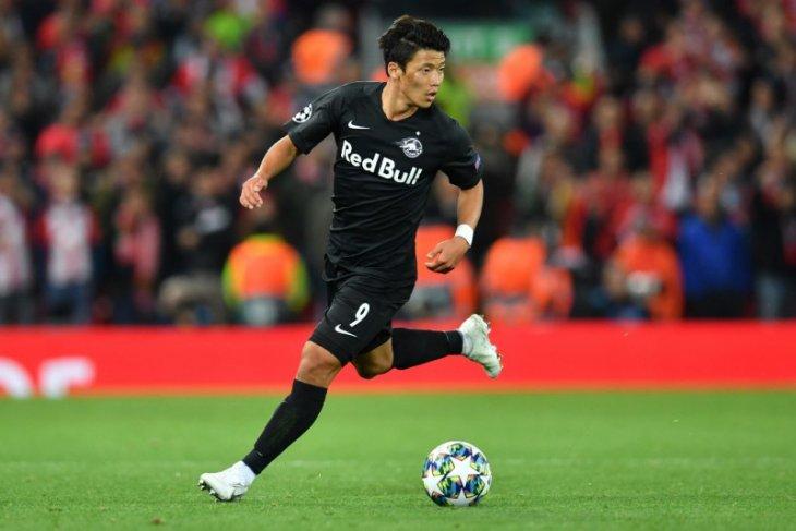 Leipzig beli striker Korea Selatan Hwang Hee-chan dari Salzburg