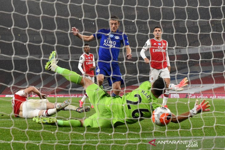 Leicester umumkan perpanjangan kontrak