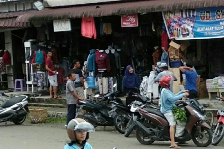 Gempa magnitudo 5,0 membuat panik  warga Gunungsitoli