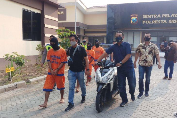 Polresta Sidoarjo tangkap lima pelaku penganiayaan hingga korbannya tewas