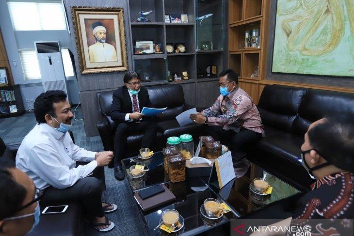 Rektor Unsyiah apresiasi kiprah Aminullah basmi rentenir