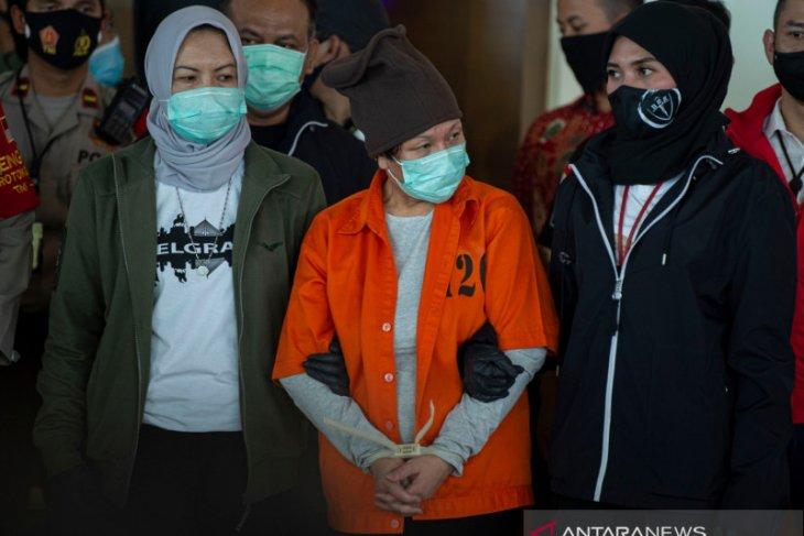 Tiba di Jakarta Maria Pauline Lumowa diserahkan ke Bareskrim Polri