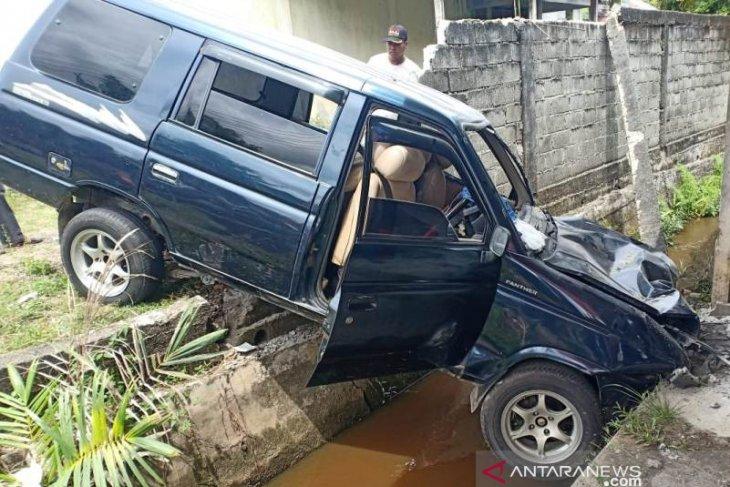 Seorang ibu tewas ditabrak mobil di Nagan Raya Aceh