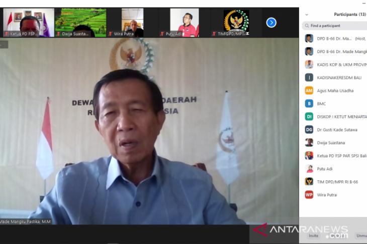 Mangku Pastika minta Pemprov Bali hati-hati salurkan bantuan COVID-19