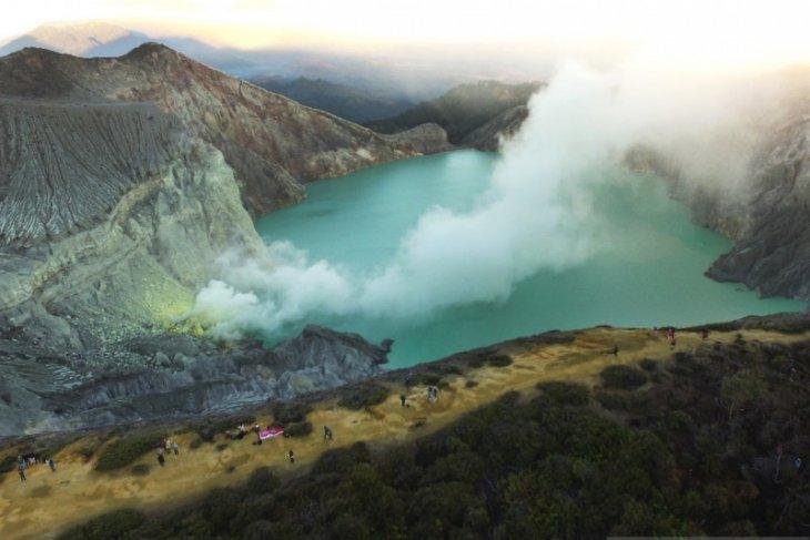 Wisata Alam Kawah Ijen Banyuwangi dibuka kembali