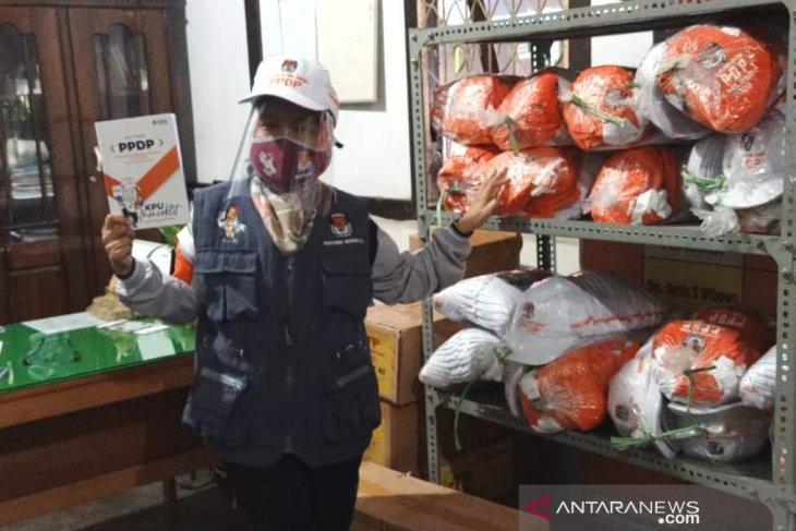 KPU Rejang Lebong distribusikan APD ke petugas data