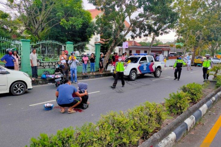 Seorang anak usia 5 tahun tewas terlindas truk
