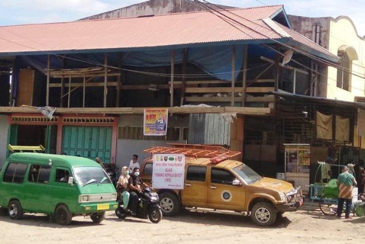 Jayapura's Youtefa market closed to contain COVID-19 outbreak
