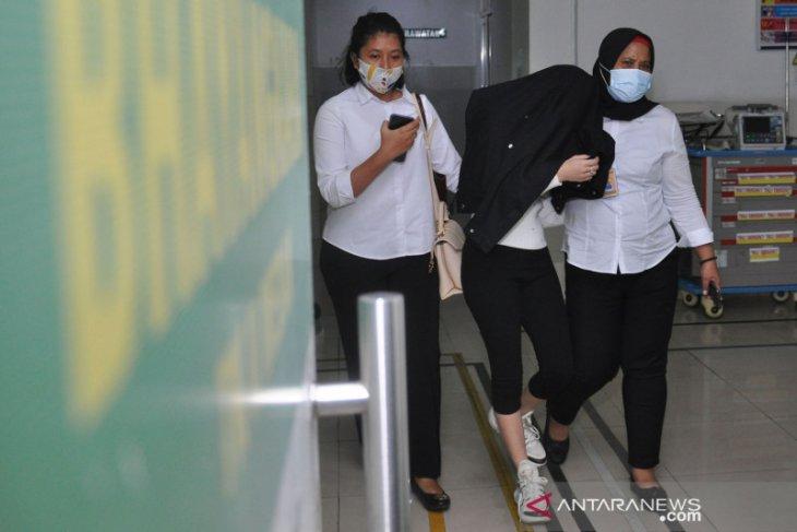 Selebgram yang juga artis FTV digerebek di Medan dibayar Rp20 juta