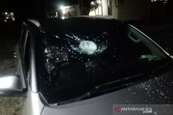 Pulang paripurna, mobil anggota DPRD di Bengkulu dilempar batu