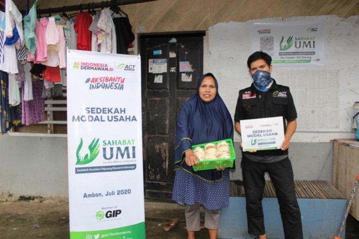 ACT Maluku beri sedekah modal usaha 45 pedagang kecil di Ambon