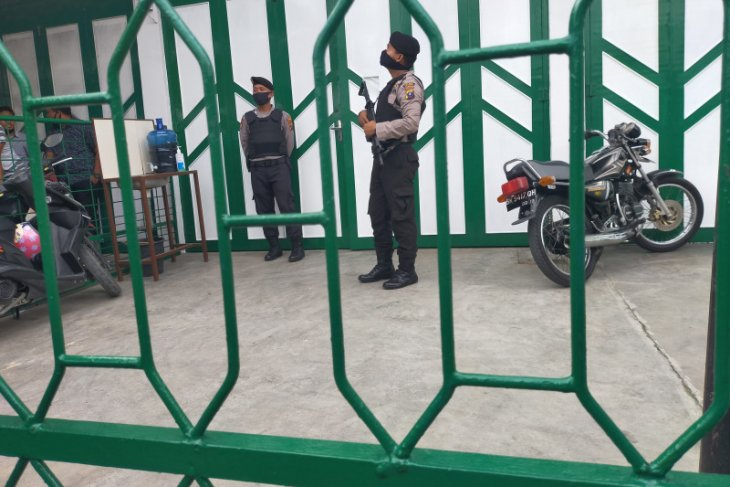 KPK geledah rumah pengusaha warga Asahan di Jalan SM Raja