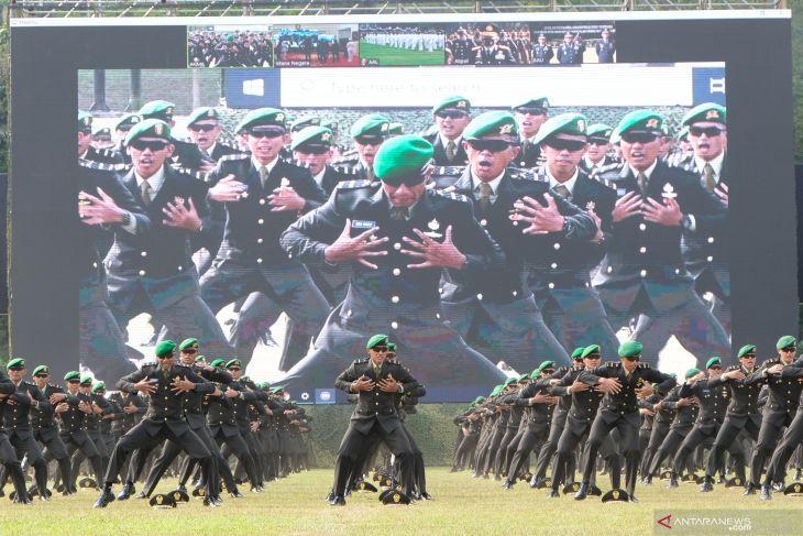 Presiden minta perwira remaja TNI/Polri  kejar perkembangan zaman