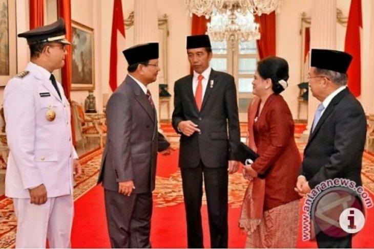 Cek Fakta: Jokowi tugaskan Prabowo bubarkan FPI?
