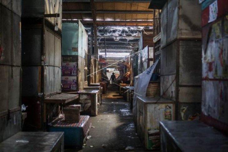 Penutupan sementara pasar Harjodaksino