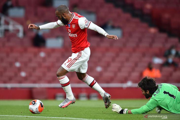 Liverpool telan kekalahan di kandang Arsenal akibat dua blunder