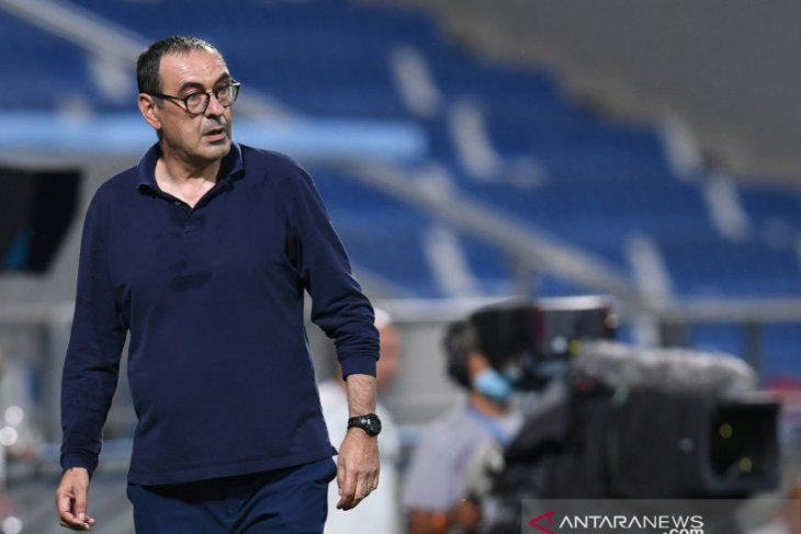 Maurizio Sarri resmi jadi pelatih baru Lazio