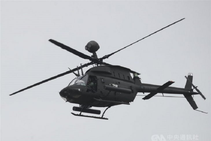 Helikopter jatuh saat latihan, dua tentara tewas