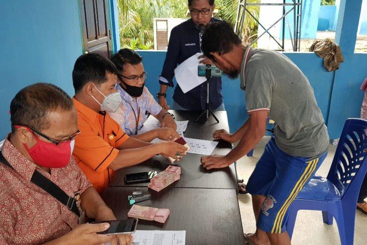 Kartu ID  sementara fasilitasi  Orang Rimba akses bantuan langsung tunai