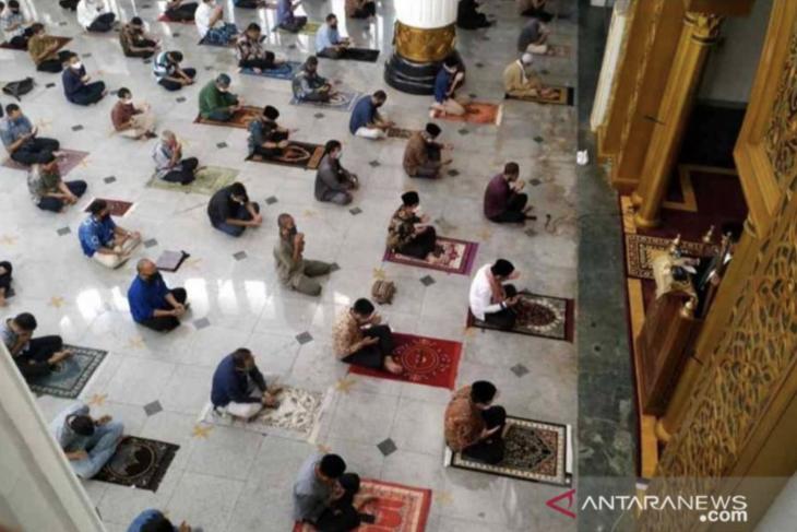 Eid Al-Adha brings messages of peace, COVID-19 mitigation