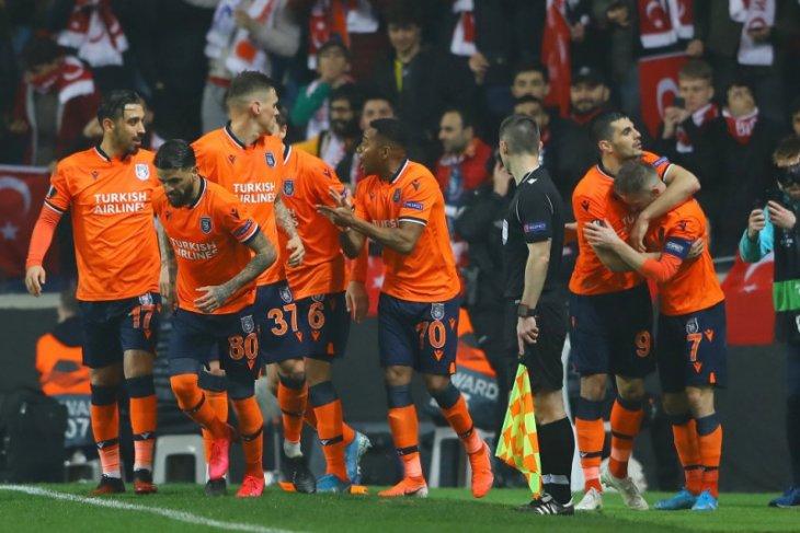 Basaksehir pertama kalinya juarai Liga Turki