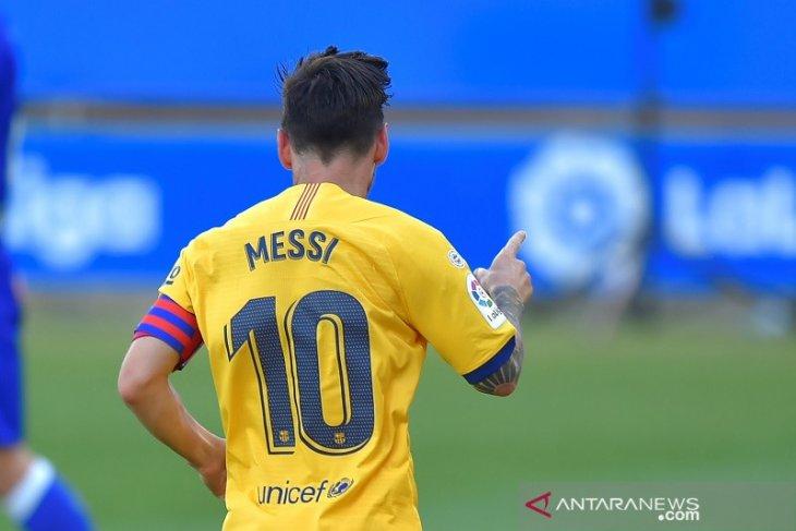 Messi raih El Pichichi empat kali musim beruntun dan cetak rekor baru